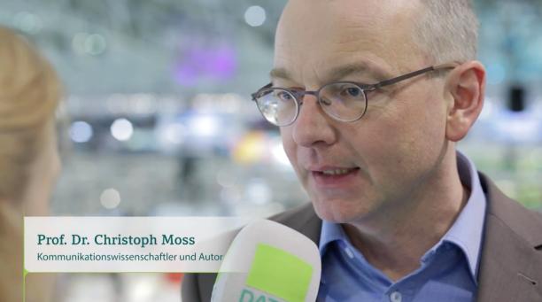 Interview Wirtschaftsdeutsch Christoph Moss Datev.png